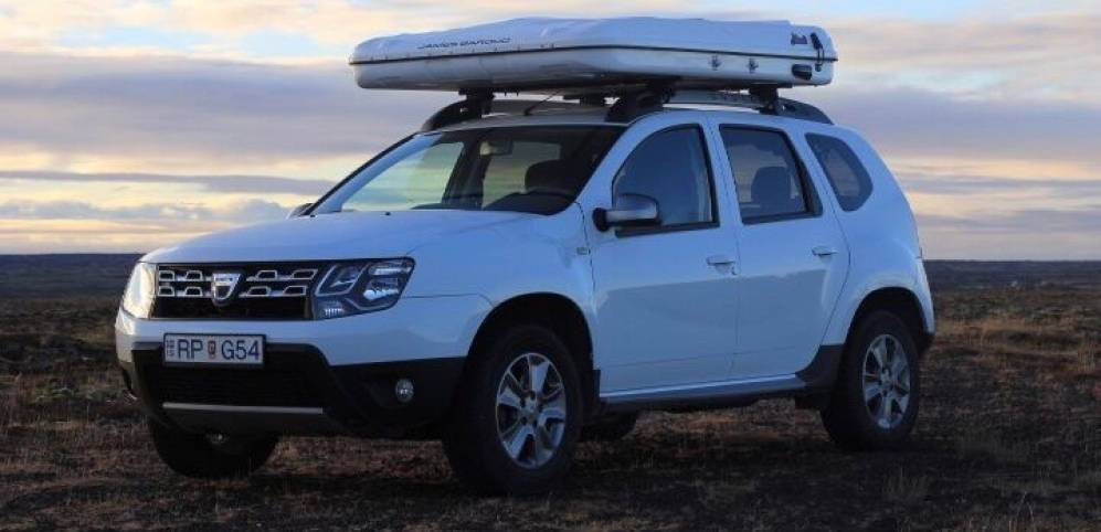 Dacia Duster + Roof Tent - 2017